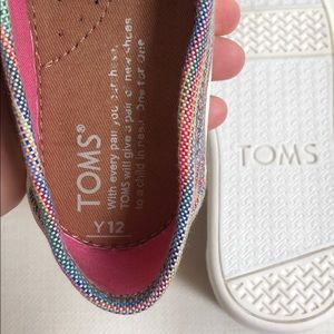 Toms Shoes - BRAND NEW Multicolor Classic TOMS